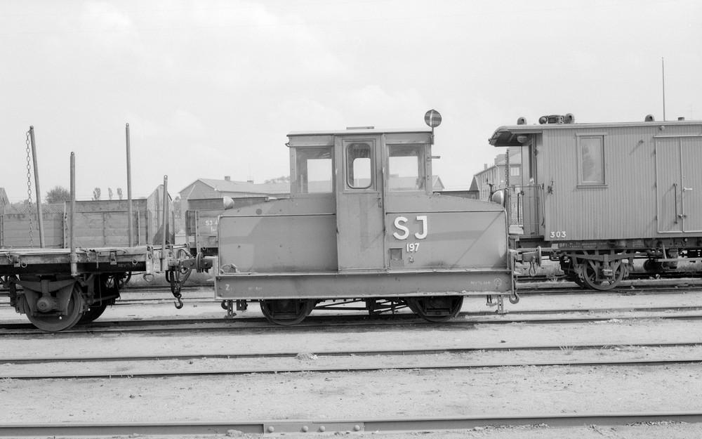 SJ Zt 197 i Halmstad 1959. Källa Samlingsportalen Jvm.KBDA00957